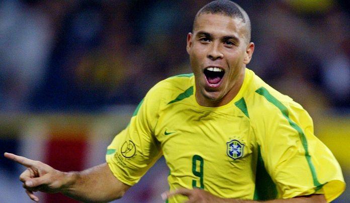 Los 10 mejores delanteros de la historia del fútbol