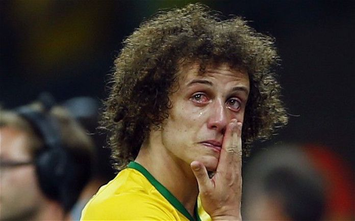 david luiz llorando
