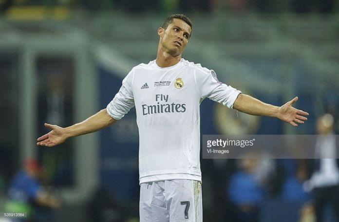 Real Madrid Cristiano Barcelona Figo