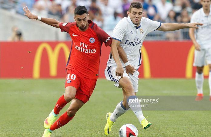 Real Madrid y PSG negocian por este talentoso delantero